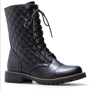 Shoedazzle | Quilted Boots